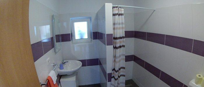vijola kopalnica